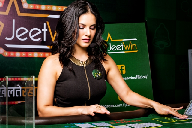 Play Online Casino with Sunny Leone at JeetWin